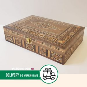 Syria-Sweet-Designs-Wooden-box-with-plain-Dimond